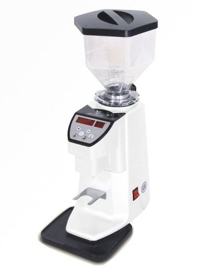 Doserless grinder for domestic or commercial use